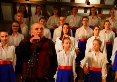 Коледен поздрав към всички почитатели на детското хорово творчество
